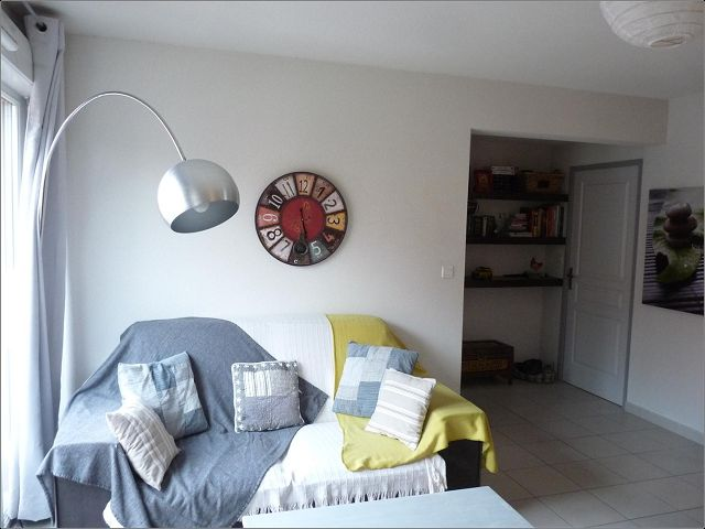 Location Appartement P3 a GARONS