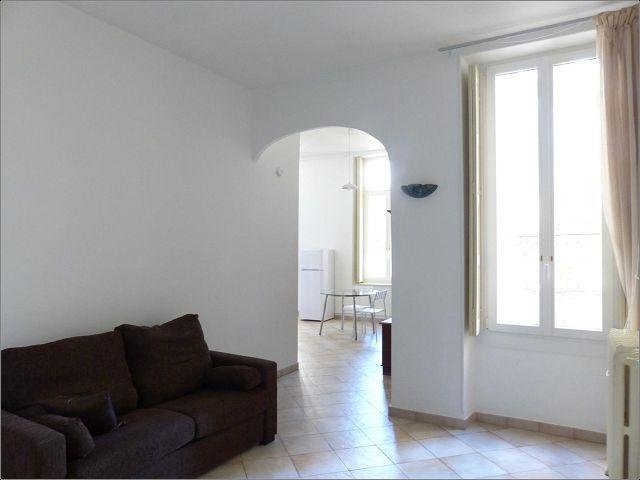 Appartement  1 pièce (440 €) à louer à NIMES